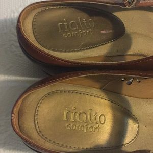 Rialto Shoes - RIALTO COMFORT Tan Peep Toe Backless Shoes Sz 9